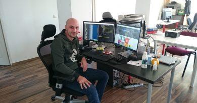 "Meet the founder & CEO of "" PixTeller "" Alexandru Roznovat_www.usmag.club"
